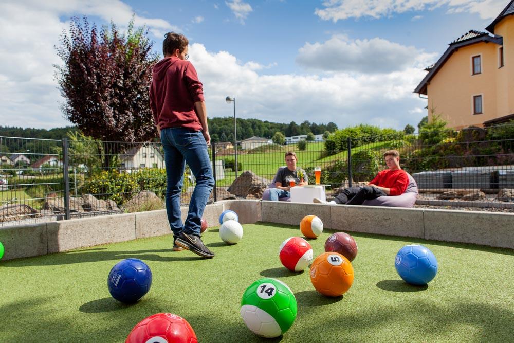 Fussballbillard Eifel Ferienpark Freizeitpark Eifeladventures Vulkaneifel